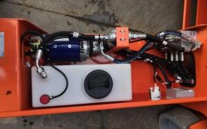 高空平台塑料液压油箱